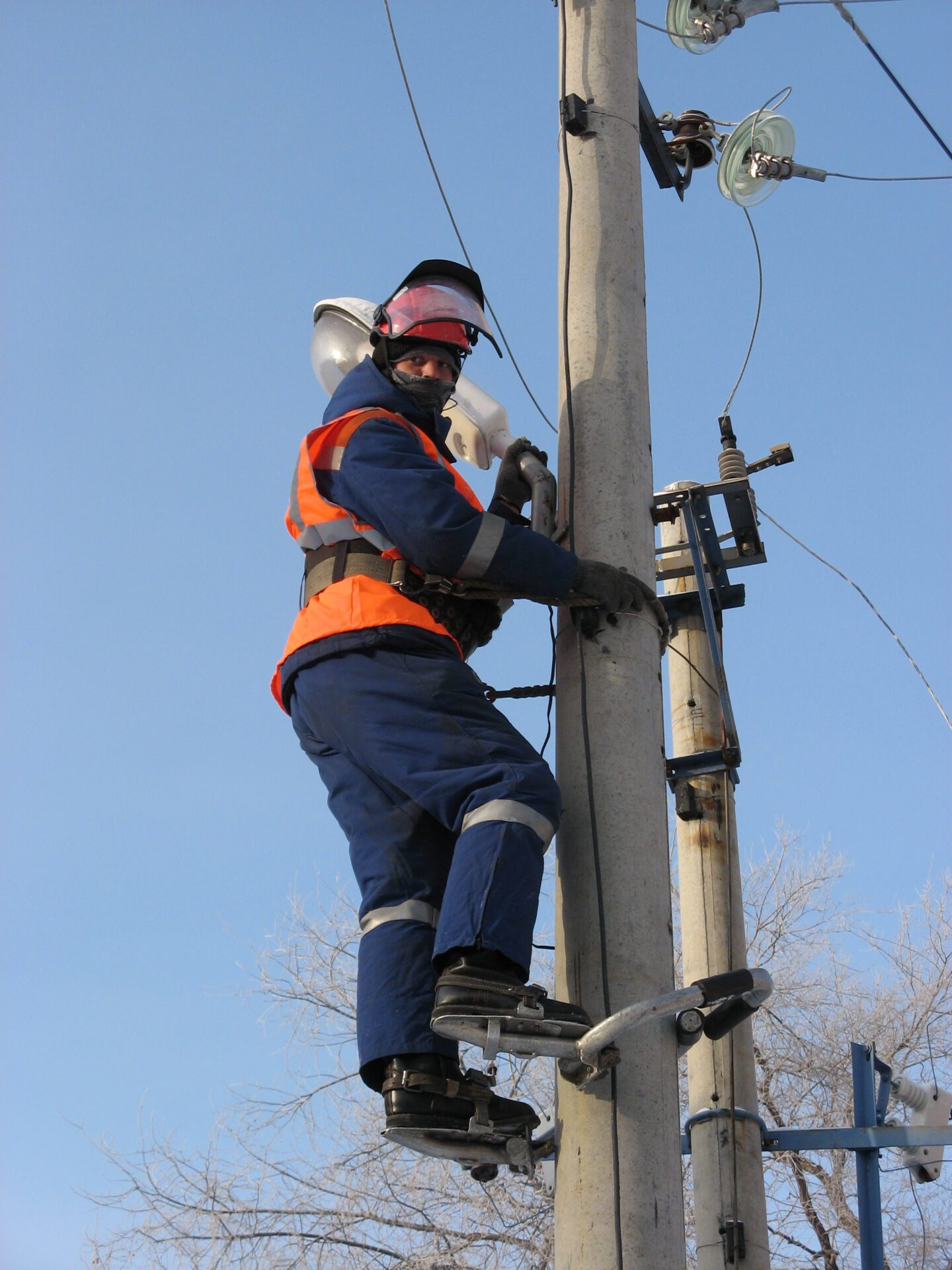 Движущая сила электричества